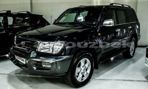Buy Imported Toyota Land Cruiser Black Car in Tashkent in Toskent