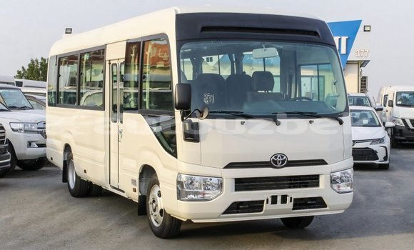 Medium with watermark toyota coaster andijon import dubai 2040