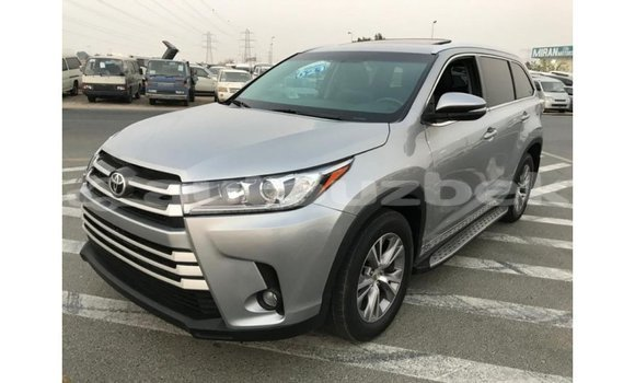 Medium with watermark toyota highlander andijon import dubai 2051