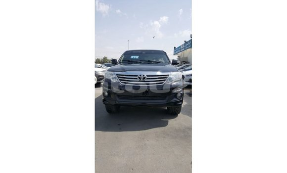 Medium with watermark toyota fortuner andijon import dubai 2821
