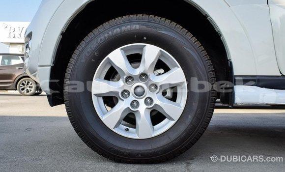 Buy Import Mitsubishi Pajero White Car in Import - Dubai in Andijon