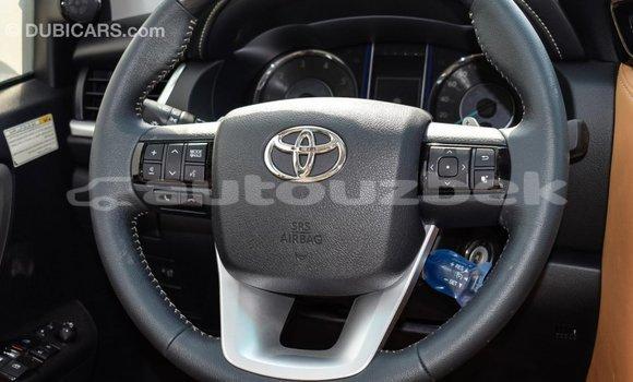 Buy Import Toyota Fortuner White Car in Import - Dubai in Andijon