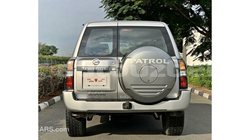 Big with watermark nissan patrol andijon import dubai 3479