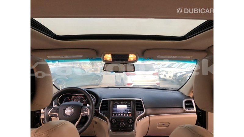 Big with watermark jeep grand cherokee andijon import dubai 3957